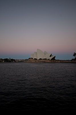Sydney - Opera House bij schemering