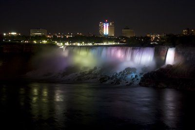 20080519-Niagara-Falls-night-756570.jpg