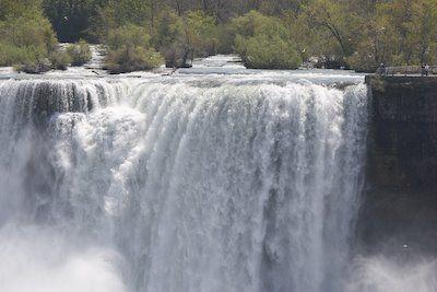 20080520-Niagara-Falls-1-731489.jpg