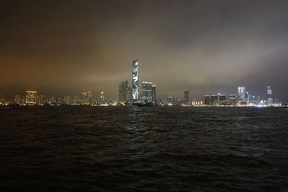 Skyline Hong Kong by night