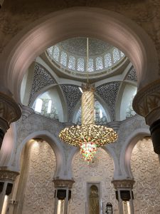 Grote kroonluchter in Grand Mosque